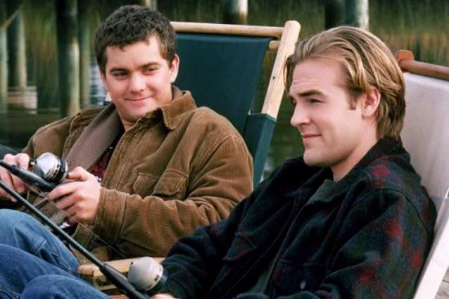 dawsons-creek-joshua-jackson-james-van-der-beek-the-wb-122115-638x425