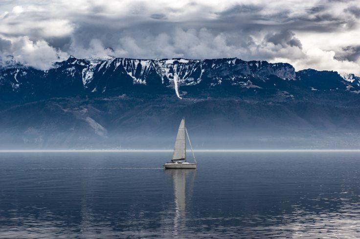boat-clouds-cloudy-fog-611328