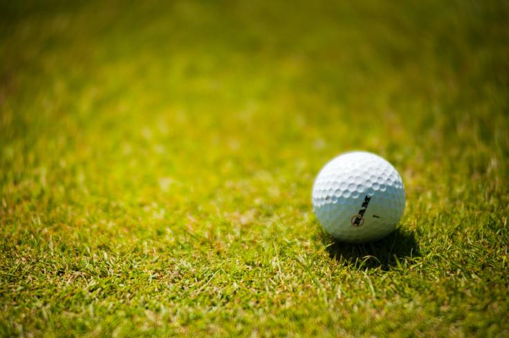 white-golf-ball-on-green-grass-1174996